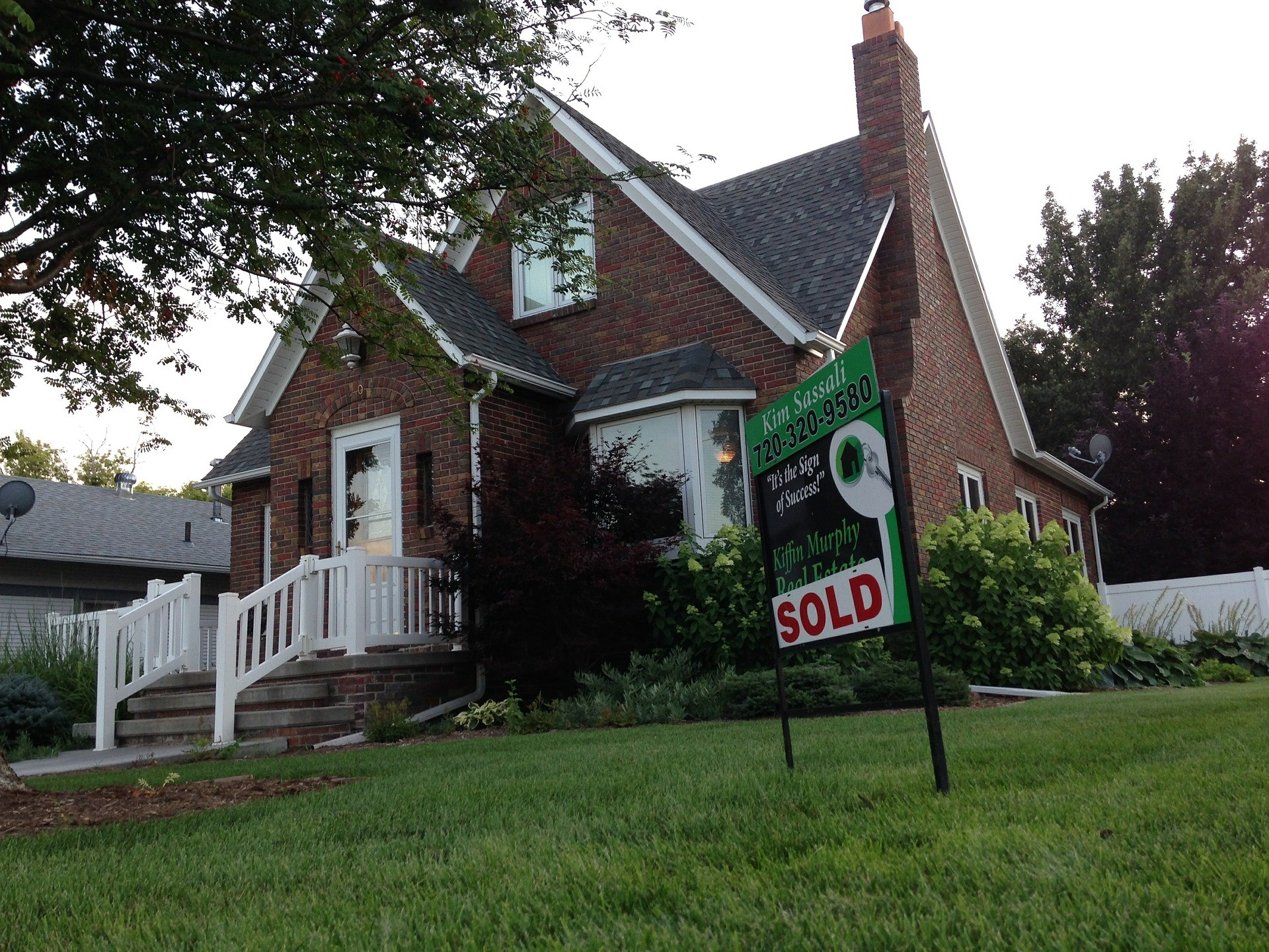 sell my house fast greendale wi - we buy houses greendale wi and we are cash home buyer